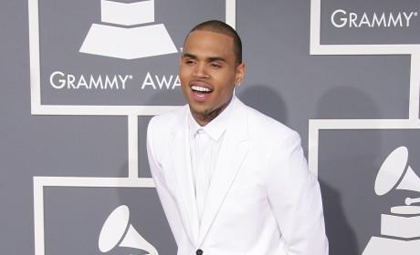 Chris Brown: Booed at Knicks Game!