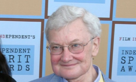 Roger Ebert Dies; Film Critic Succumbs to Cancer at 70