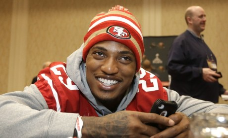 Chris Culliver Text Messages: Hoes Be Trippin'!