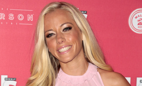 Kendra Wilkinson: Peeved Over Hugh Hefner Wedding Snub!