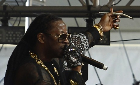 2 Chainz, Joint
