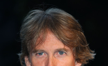 Michael Bay Apologizes for Armageddon!
