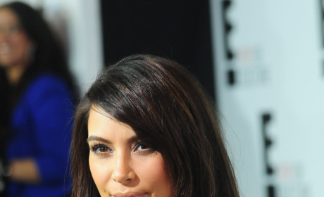 Kim Kardashian Gives Birth to a Girl!
