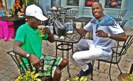 Chad Johnson, Homeless Man Hang Out Over the Weekend