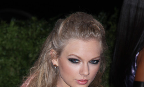 What do you think of Taylor Swift's outfit at the MET Gala?