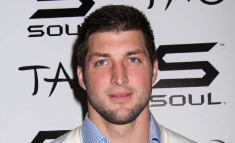 Are the Patriots making a good decision in signing Tim Tebow?