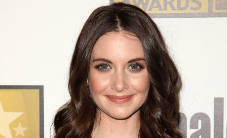 Alison Brie Nude Pics: Out There Somewhere!
