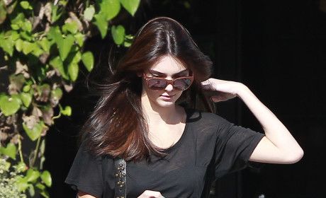 Frances Bean Cobain to Kendall Jenner: Cancel Your Pity Party!