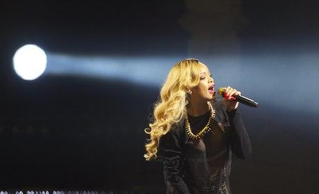 Rihanna Rips Indiana Religious Freedom Law in Profane Live Tirade