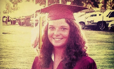 Alabama Student Fined for Wearing Feather in Graduation Cap