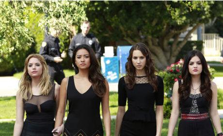 Hanna, Aria, Emily and Spencer