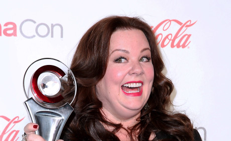Melissa McCarthy: BANNED From Jenny McCarthy's Wedding!