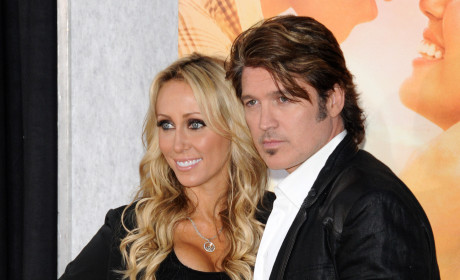 Miley Cyrus' Parents to Divorce; Tish Cyrus Files For Split With Billy Ray