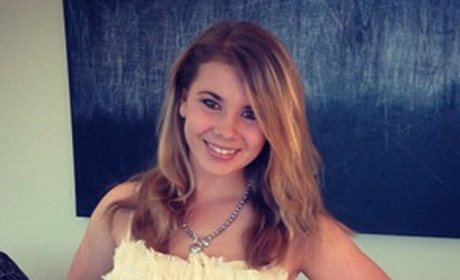 Bindi Irwin Not Dead; Trending Hoax to Blame For False Report