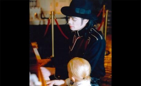Michael Jackson Family Photo