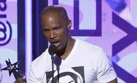 Jamie Foxx Honors Trayvon Martin with T-Shirt at BET Awards