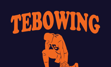 Tebowing: Banned By Michigan High School Following ACLU Complaint!