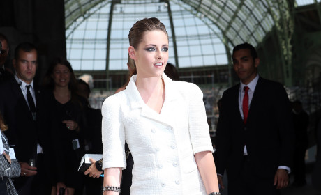 Kristen Stewart Fashion Week Photo
