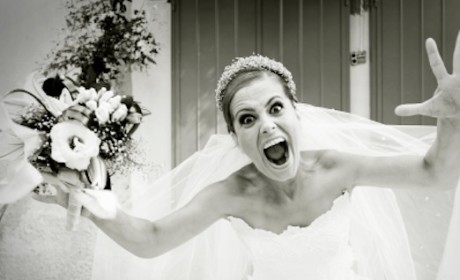 """Bride Rips Guest For """"Low"""" Wedding Gift Amount: You Gotta Read This!"""