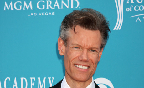 Randy Travis Suffers Stroke; Singer in Critical Condition