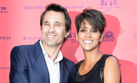 Halle Berry Marries Olivier Martinez!