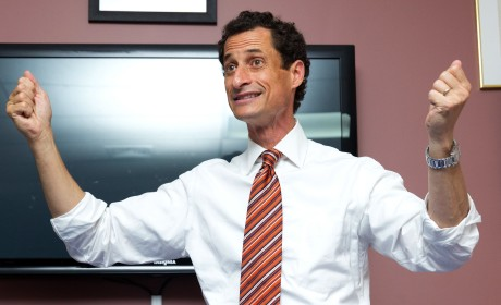 Anthony Weiner Pressured to Quit Campaign By Key Democrats, Sydney Leathers