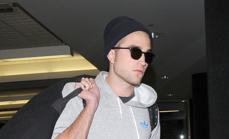 Robert Pattinson: Spotted with Sia at Justin Timberlake/Jay-Z Concert