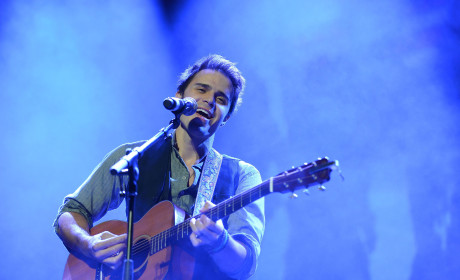 Kris Allen Welcomes a Baby Boy!