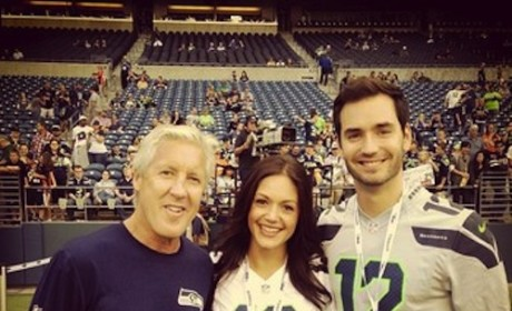 Desiree Hartsock and Chris Siegfried: Date Night at Seahawks Game!