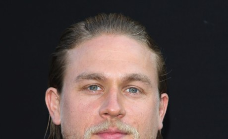 Charlie Hunnam to Star in Fifty Shades of Grey?