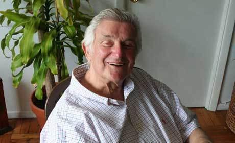 Sid Bernstein Dies; Legendary Music Promoter Was 95