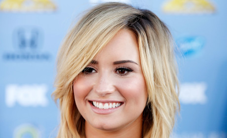 Demi Lovato to Release Motivational Quote Book