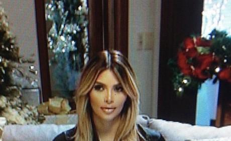 Kim Kardashian Christmas Photos: Selfies on Set!