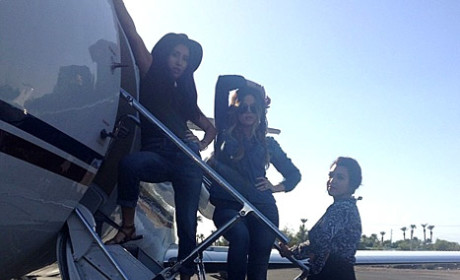 "Khloe Kardashian Flies Private Jet to Las Vegas, Tries to ""Mask the Pain"""