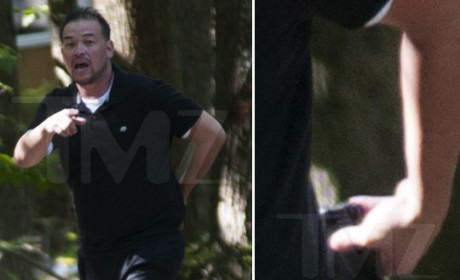 Jon Gosselin Pulls Gun on Photographer, Fires Warning Shot