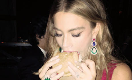 Sofia Vergara Eating
