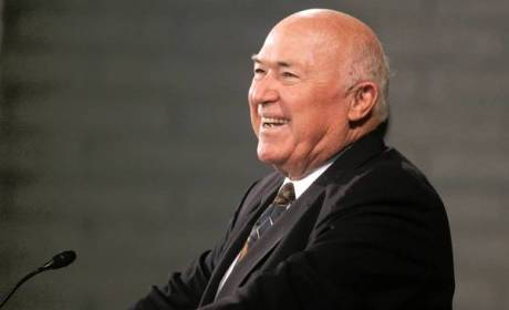 Chuck Smith Dies; Calvary Chapel Founder Was 86