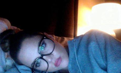 Khloe Kardashian: Makeup Free