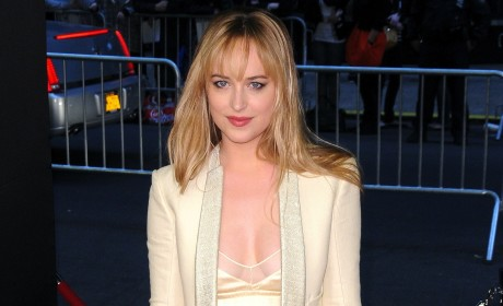 Dakota Johnson Red Carpet Pic