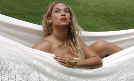 Beyonce: Nude in a Hammock on Tumblr!