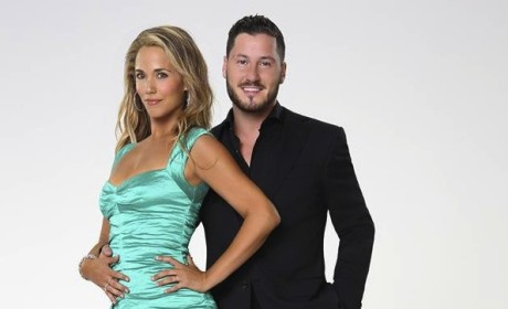 Did Elizabeth Berkley deserve to go home on DWTS?