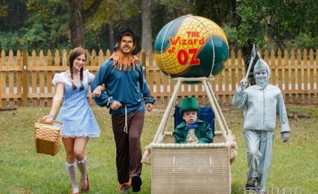 Family Costume Wins Award For Town's Favorite by Turning Child's Wheelchair Into Hot Air Balloon