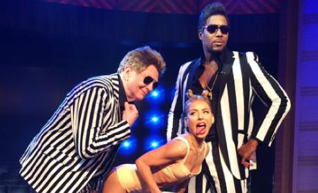 Kelly Ripa as Miley Cyrus