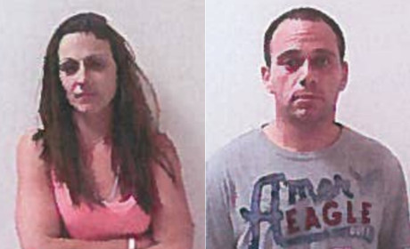 Drunk Couple Arrested For Parking Lot Sex at Waffle House; Woman Tries to Wear Burger as Sandal