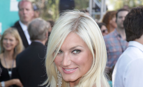 Brooke Hogan Ends Engagement to Phil Costa