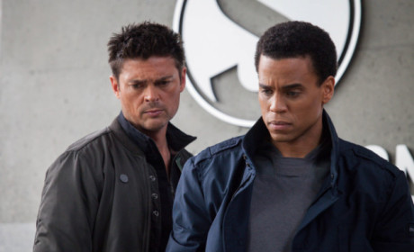 Watch Almost Human Online: Season 1 Episode 3