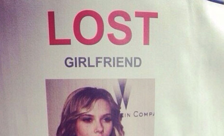 "Single Man Posts ""Lost Girlfriend"" Fliers with Scarlet Johansson Photo"
