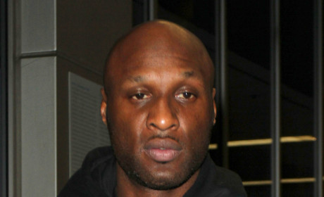"""Khloe Kardashian and Lamar Odom: """"Hoping to Work Things Out,"""" Source Claims"""