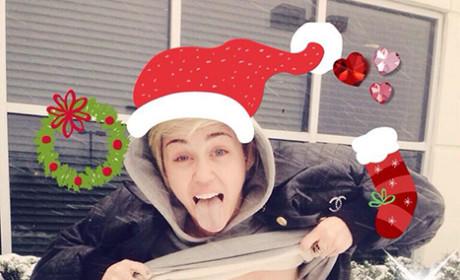 Miley Cyrus Christmas Pic