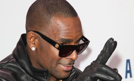R. Kelly Photograph